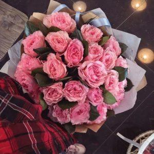 Пионовидная Роза Mayra Pink