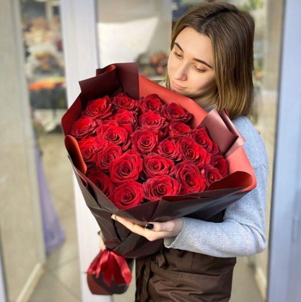 Роза 25 Эксплорер 70 см