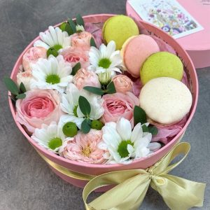 коробочка с кустовыми розами