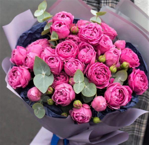 Букет из пионовидных роз Мисти