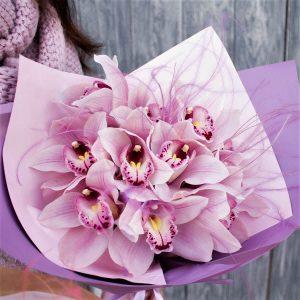 Букет орхидеи охапка