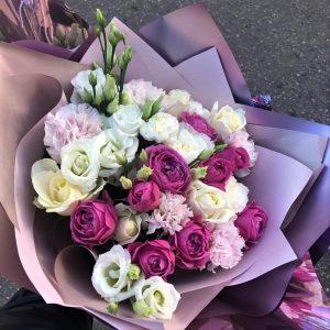 Букет с доставкой розы