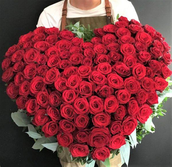 Букет 151 роза купить сердце VIP