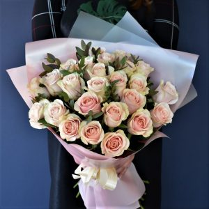 Букет 33 розы Доставка Цветов