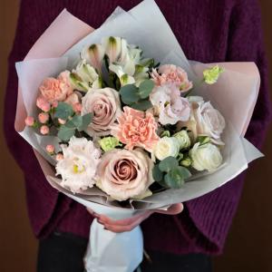 Розы и эвкалипт Новосибирск
