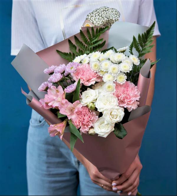 Сборный букет хризантемы мини