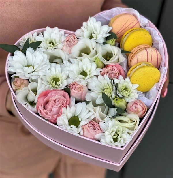 Съедобная коробочка с цветами