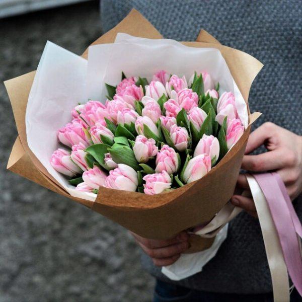 Тюльпаны Новосибирск пионовидный