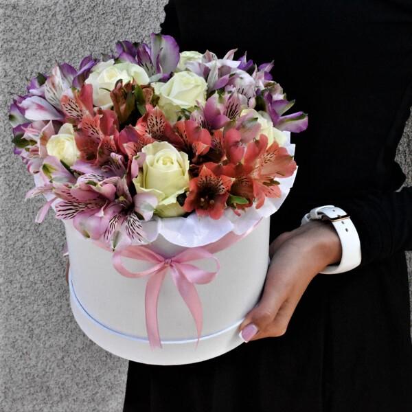 Цветы Новосибирск с доставкой Коробка