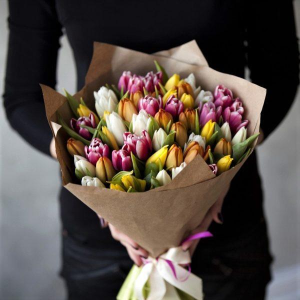 Цветы в Новосибирске тюльпан 51 шт.