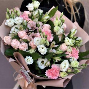 Эустома и розы Новосибирск