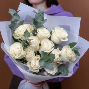11 роз белых Букет