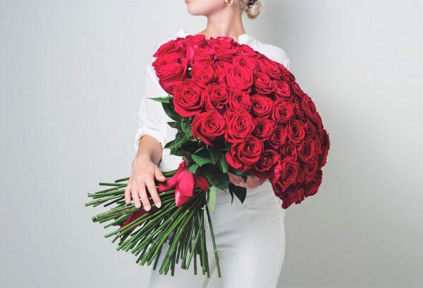 101 роз Красных