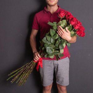 15 роз высоких 100 см