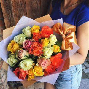 25 роз кения mix