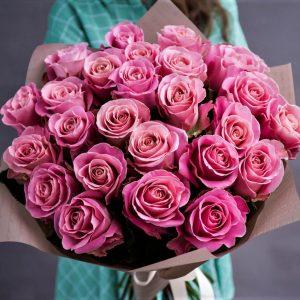 25 роз розовых Hermosa