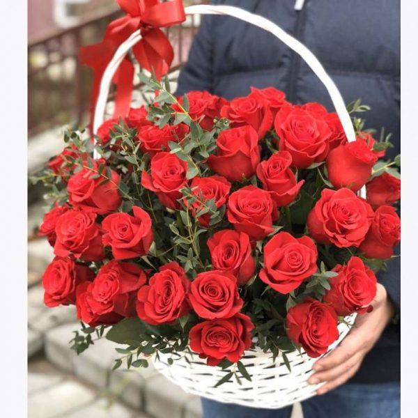 Корзина из 51 розы Новосибирск №71