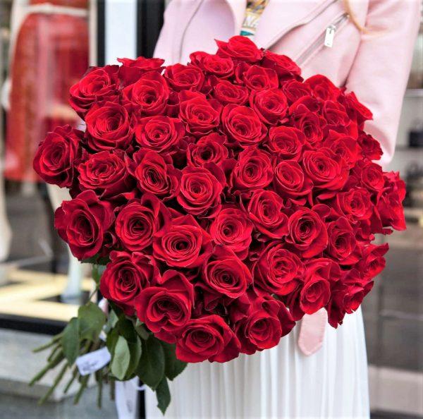 51 роз Красных