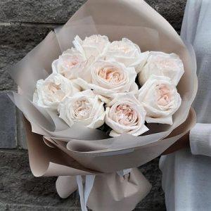 Букет из роз White Ohara заказ