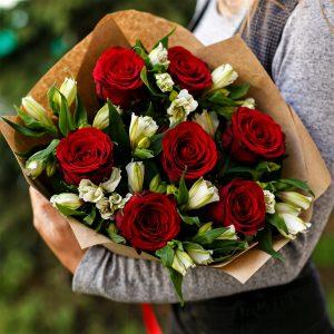 Букет небольшой микс розы