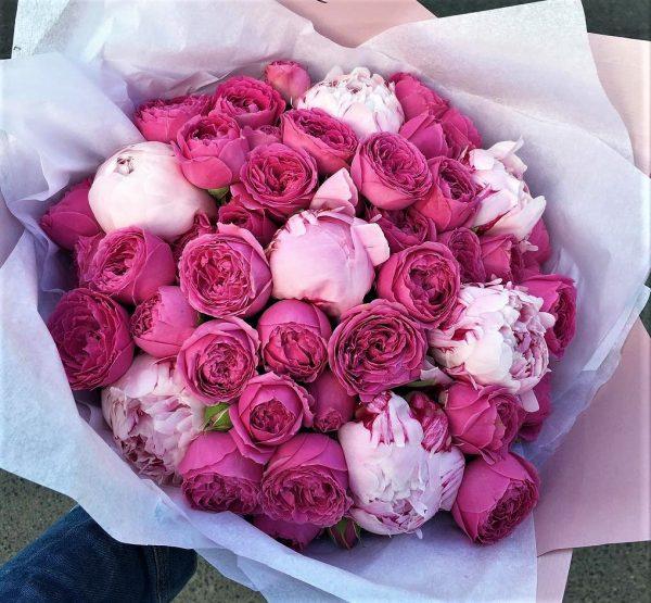 Пионовидные розы доставка