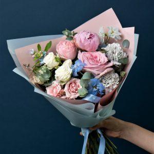 Розы и диантусы Новосибирск